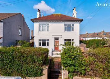 Thumbnail 1 bed flat for sale in Crescent Road, Brighton