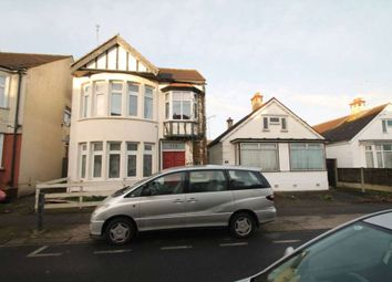 Thumbnail 1 bed flat to rent in Northview Drive, Westcliff-On-Sea