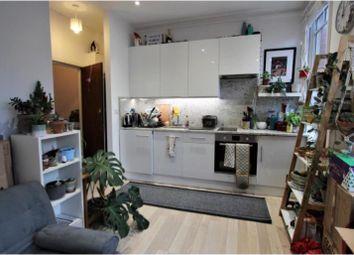 Thumbnail Flat to rent in Fairbridge Road, London