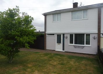 Thumbnail 3 bed property to rent in Sutton Path, Borehamwood