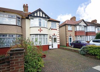 Thumbnail 1 bed property to rent in Rydal Crescent, Perivale, Greenford