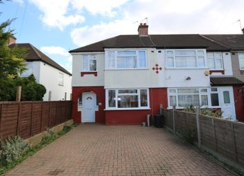 3 bed semi-detached house to rent in Bedford Avenue, Hayes UB4