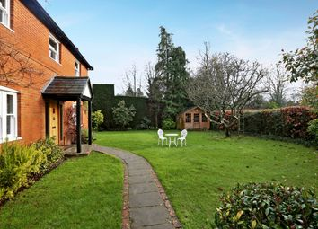 Thumbnail 5 bed detached house to rent in Padthaway, Colliers Lane, Peppard Common, Henley-On-Thames