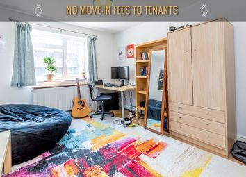 Thumbnail 1 bedroom flat to rent in Manningford Close, London