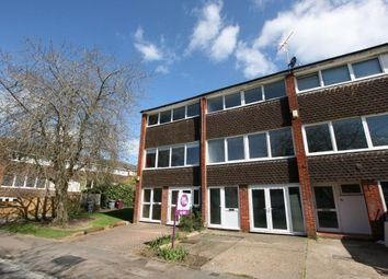 Thumbnail 4 bed property to rent in Hillbrow, Reading