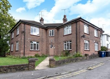 Thumbnail 3 bedroom flat for sale in Nether Close, Finchley N3,