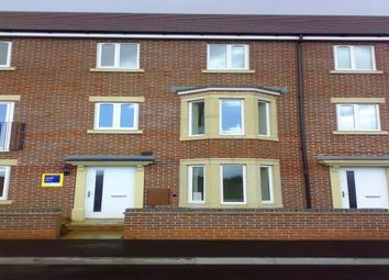 Thumbnail 6 bed property to rent in Greenock Crescent, Wolverhampton