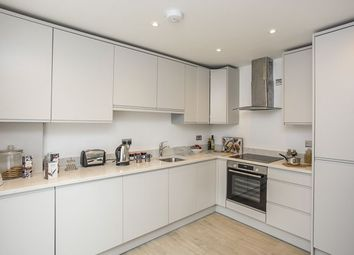 Thumbnail 2 bedroom flat for sale in Rosslyn Road, Watford