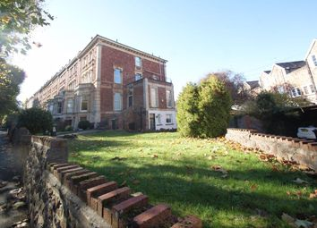 2 bed flat to rent in Hanbury Road, Clifton, Bristol BS8