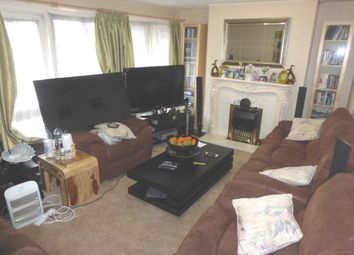 Thumbnail 3 bed maisonette for sale in Oaks Cross, Stevenage
