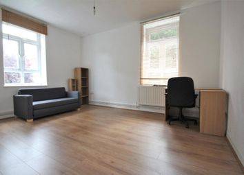 Thumbnail 3 bed flat to rent in De Beauvoir Estate, Islington, London