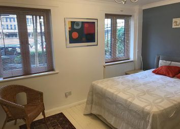 Room to rent in St Andrews Close, London SE16