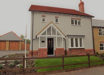 Thumbnail 4 bed property to rent in Temple Manor, Roydon, Essex