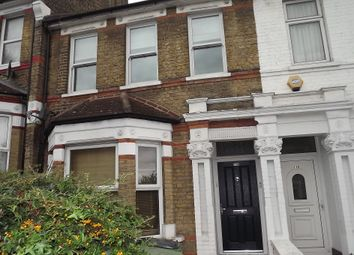 Thumbnail 1 bed flat to rent in Griffin Road, Plumstead