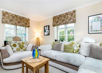 Thumbnail 4 bed cottage for sale in Hogarth Hill, Hampstead Garden Suburb