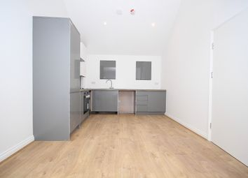 Thumbnail 1 bed flat for sale in Green Lanes, London