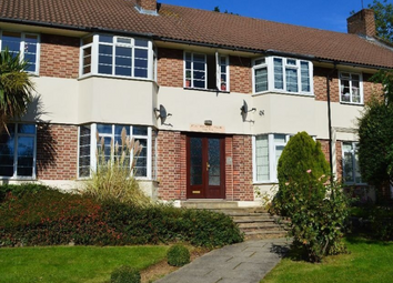 Thumbnail 3 bed flat to rent in Bunns Lane, Mill Hill