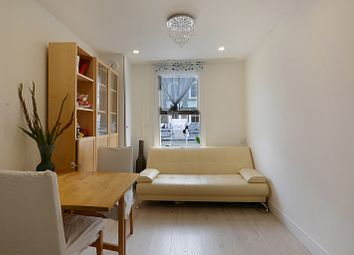 Thumbnail 2 bed flat to rent in Well Street, London