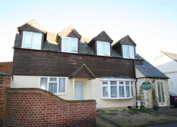 Thumbnail 1 bed flat to rent in Oakham Road, Whissendine, Oakham
