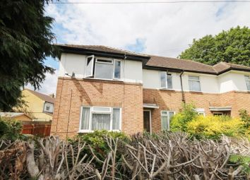 Photo of Oakhall Drive, Sunbury On Thames, Middlesex TW16
