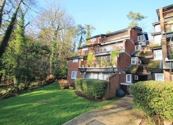 Thumbnail 3 bed flat to rent in Southview Road, Warlingham