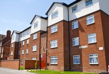 Thumbnail 1 bed flat to rent in Michael Lewis House, 8A Sandhurst Road, Leicester