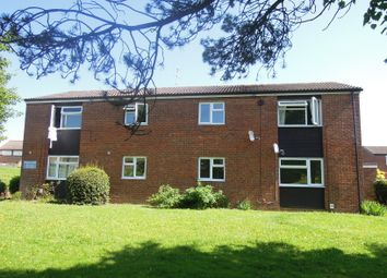 Thumbnail 1 bed flat to rent in Skegness Road, Stevenage