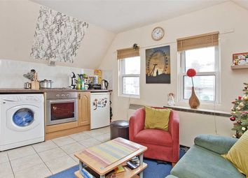 1 bed flat to rent in Station Parade, Balham High Road, London SW12