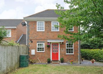 Thumbnail 2 bed detached house for sale in Avocet Way, Aylesbury