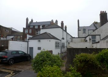 Thumbnail 2 bed flat to rent in High Street, Littlehampton