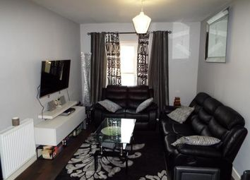 Thumbnail 2 bed flat for sale in Leyland Road, Dunstable, Bedfordshire, England