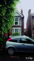 Thumbnail 3 bed detached house to rent in Wedderburn Road, Barking Essex
