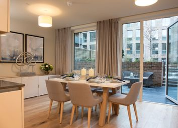 Thumbnail 4 bed town house for sale in Keelson Gardens, Brentford