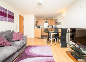 Thumbnail 2 bedroom flat for sale in City Walk, Leeds, West Yorkshire