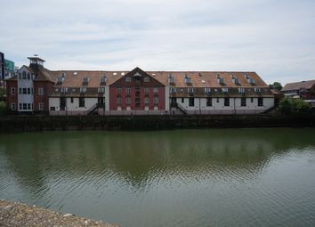 Thumbnail 2 bed flat for sale in Stokebridge Maltings, Ipswich