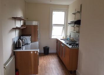 Thumbnail 2 bed flat to rent in Cowley Road, South Woodford