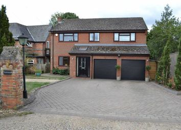 Thumbnail 4 bed detached house to rent in Brimpton, Reading
