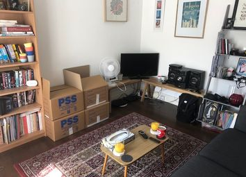 Thumbnail 1 bed flat to rent in Windsor Road, Holloway, London