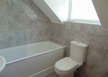 Thumbnail 1 bed flat to rent in Colin Road, Caterham