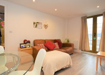 Thumbnail 2 bedroom flat for sale in 819 London Road, Sutton