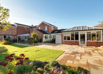 5 bed detached house for sale in Commonside, Westwoodside, Doncaster DN9