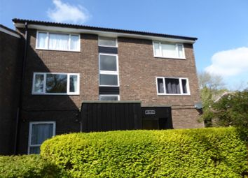 Thumbnail 1 bed flat to rent in Pixton Way, Forestdale, Croydon