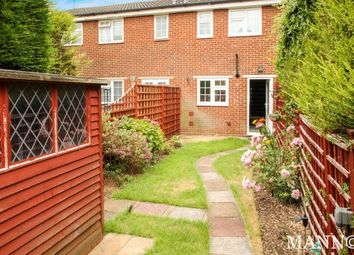 Thumbnail 2 bed property to rent in Greenacre Close, Swanley