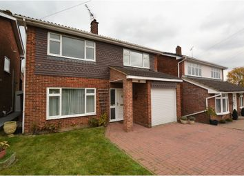 Thumbnail 3 bed detached house for sale in Beehive Chase, Brentwood