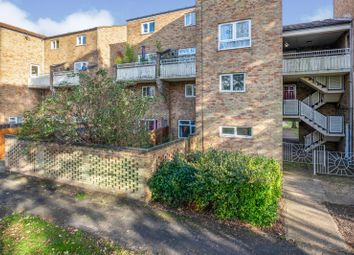 Thumbnail 2 bed flat to rent in Albemarle Way, Cambridge