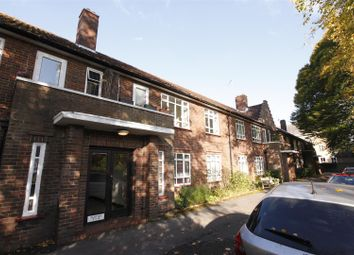 Thumbnail 2 bed flat to rent in South Street, Epsom