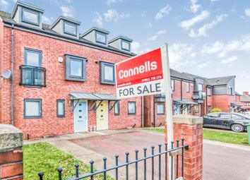 3 bed town house for sale in Humphries Road, Bushbury, Wolverhampton WV10