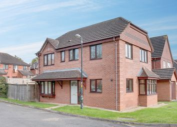 Thumbnail 4 bed detached house for sale in Drakes Close, Walkwood, Redditch