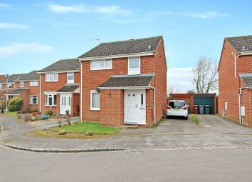 Thumbnail 3 bed detached house for sale in Cherry Close, Kidlington