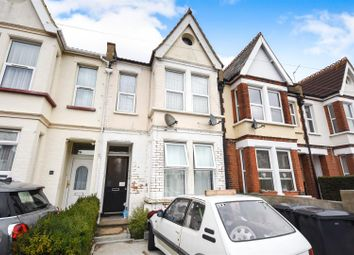Thumbnail 2 bedroom flat for sale in Wimborne Road, Southend-On-Sea